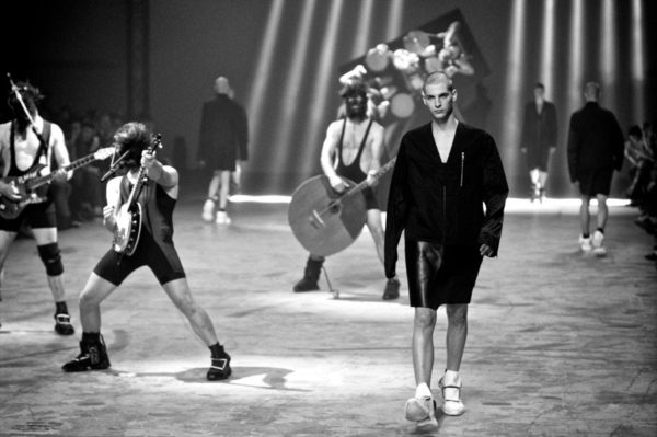 StyleZeitgeist MORE PHOTOS FROM THE RICK OWENS SHOW Fashion  Rick Owens lookbook_s   StyleZeitgeist MORE PHOTOS FROM THE RICK OWENS SHOW Fashion  Rick Owens lookbook_s   StyleZeitgeist MORE PHOTOS FROM THE RICK OWENS SHOW Fashion  Rick Owens lookbook_s