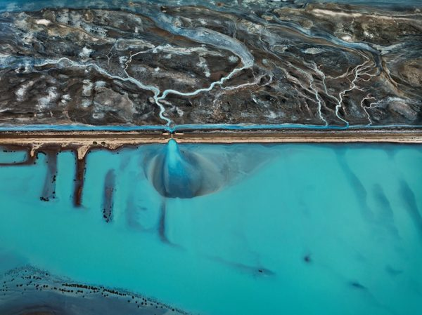 Burtynsky: WATER - culture - video_s, review_s
