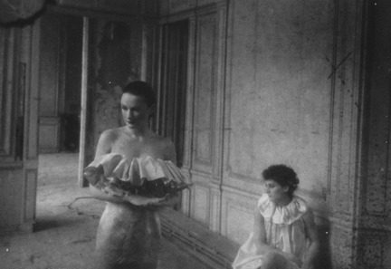 DEBORAH TURBEVILLE UNSEEN VERSAILLES REVISITED - fashion, culture - review_s