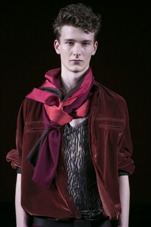 Haider Ackermann FW15, Paris - fashion - Runway, PFW, Paris Fashion Week, Paris, MENSWEAR, Mens Fashion, lookbook, Haider Ackermann, FW15, Fashion, Fall Winter, 2015