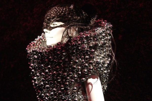 Bjork at MoMa - culture - review_s