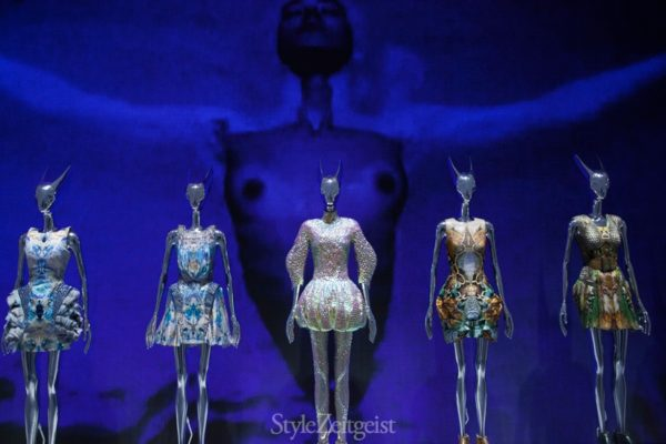 Alexander McQueen at the V&A: Part I - features-oped, fashion, culture - Review, London, fashion exhibit, Fashion, Exhibit, Culture, alexander mcqueen, 2015
