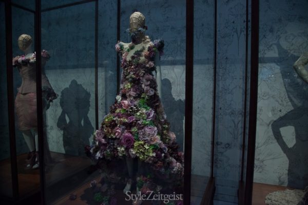 Alexander McQueen at the V&A: Part II - fashion culture - lookbook_s