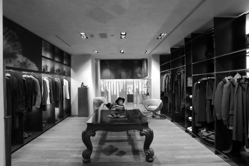 Shop:Case - DAAD DANTONE, MILAN - retail - shop_s