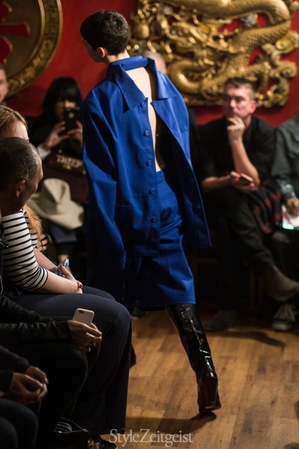StyleZeitgeist Vetements S/S16 - Paris Fashion    StyleZeitgeist Vetements S/S16 - Paris Fashion    StyleZeitgeist Vetements S/S16 - Paris Fashion