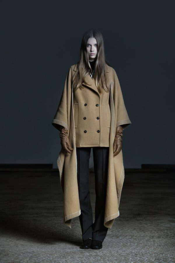 Veronique Branquinho Pre-Fall 2016-2017 - fashion - Year, Women's Fashion, Veronique Branquinho, StyleZeitgeist, Season, Ronald Stoops, Pre-Fall, Fashion, Belgian Fashion, 2016