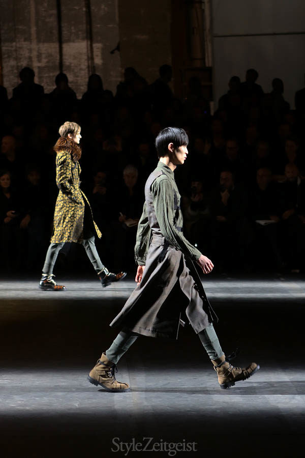Dries Van Noten FW16, Paris - fashion - Year Van Noten StyleZeitgeist Season PFW Paris Fashion Week MENSWEAR Mens Fashion Fashion Fall Winter dries van noten 2016