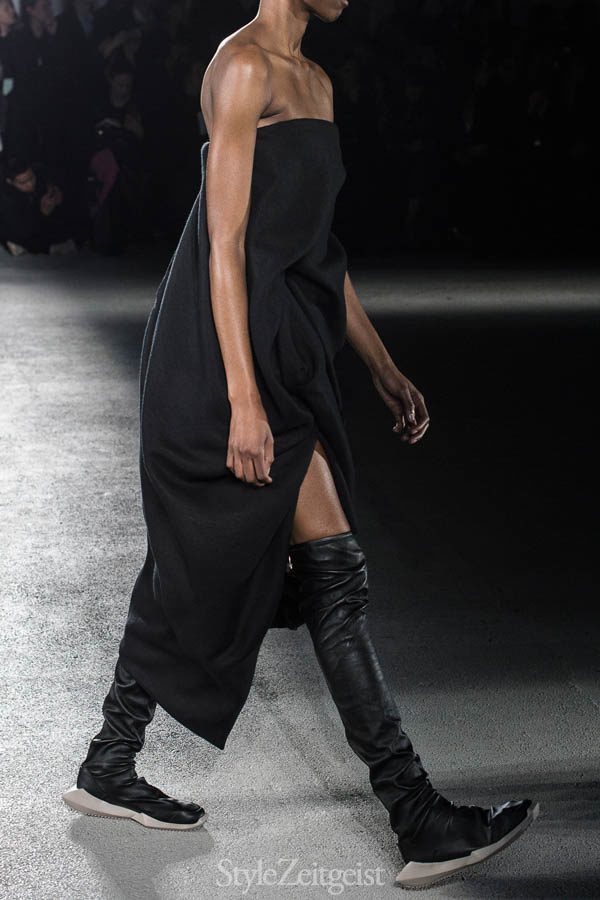 StyleZeitgeist Rick Owens F/W16 - Paris Fashion  Year Womenswear Women's Fashion Van Herpen StyleZeitgeist Season Runway Rick Owens PFW Paris Fashion Week Owens Fashion Fall Winter 2016