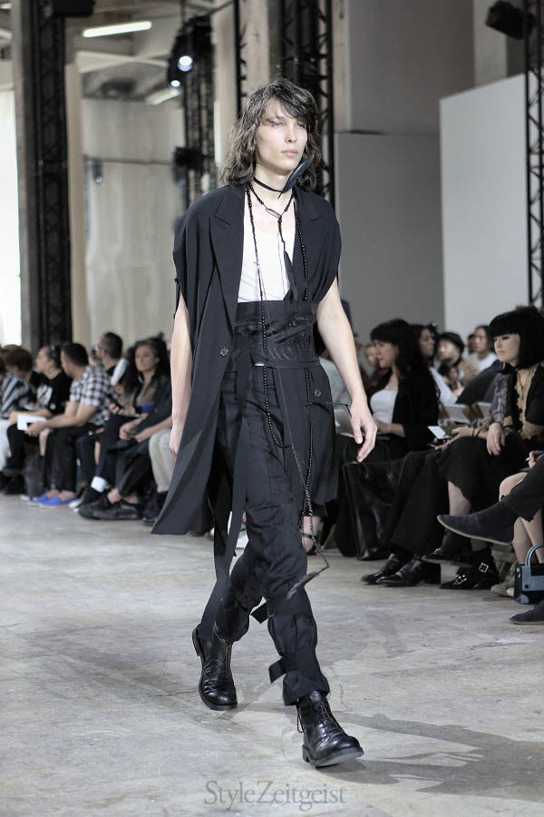 Ann Demeulemeester S/S17 - Paris - fashion - Year, StyleZeitgeist, Spring Summer, Sebastian Meunier, Season, PFW, Paris Fashion Week, Paris, Fashion, Demeulemeester, Ann Demeulemeester, 2017
