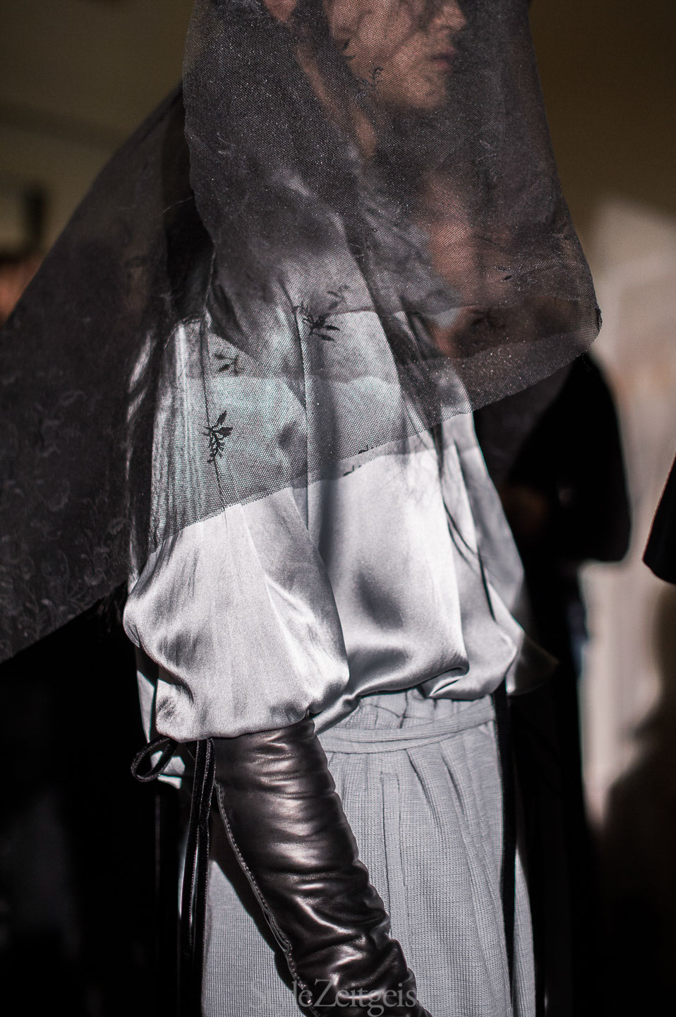 Ann Demeulemeester F/W17 Women's - Paris Backstage - fashion - StyleZeitgeist, PFW, Paris, FW17, Fashion, Fall Winter, Backstage, Ann Demeulemeester, 2017