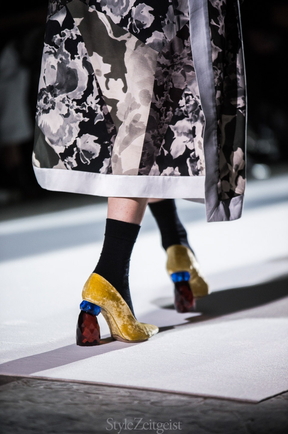 StyleZeitgeist Dries Van Noten F/W17 Women's - Paris Fashion    StyleZeitgeist Dries Van Noten F/W17 Women's - Paris Fashion    StyleZeitgeist Dries Van Noten F/W17 Women's - Paris Fashion    StyleZeitgeist Dries Van Noten F/W17 Women's - Paris Fashion    StyleZeitgeist Dries Van Noten F/W17 Women's - Paris Fashion    StyleZeitgeist Dries Van Noten F/W17 Women's - Paris Fashion    StyleZeitgeist Dries Van Noten F/W17 Women's - Paris Fashion    StyleZeitgeist Dries Van Noten F/W17 Women's - Paris Fashion    StyleZeitgeist Dries Van Noten F/W17 Women's - Paris Fashion    StyleZeitgeist Dries Van Noten F/W17 Women's - Paris Fashion