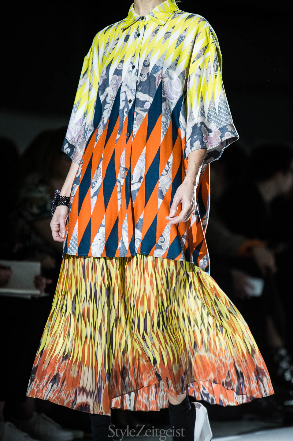 StyleZeitgeist Dries Van Noten F/W17 Women's - Paris Fashion    StyleZeitgeist Dries Van Noten F/W17 Women's - Paris Fashion    StyleZeitgeist Dries Van Noten F/W17 Women's - Paris Fashion    StyleZeitgeist Dries Van Noten F/W17 Women's - Paris Fashion    StyleZeitgeist Dries Van Noten F/W17 Women's - Paris Fashion    StyleZeitgeist Dries Van Noten F/W17 Women's - Paris Fashion    StyleZeitgeist Dries Van Noten F/W17 Women's - Paris Fashion    StyleZeitgeist Dries Van Noten F/W17 Women's - Paris Fashion    StyleZeitgeist Dries Van Noten F/W17 Women's - Paris Fashion    StyleZeitgeist Dries Van Noten F/W17 Women's - Paris Fashion    StyleZeitgeist Dries Van Noten F/W17 Women's - Paris Fashion    StyleZeitgeist Dries Van Noten F/W17 Women's - Paris Fashion