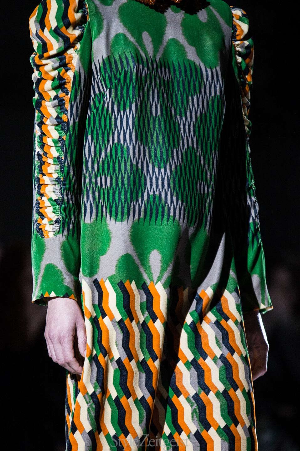 Dries Van Noten F/W17 Women's - Paris - fashion - StyleZeitgeist, PFW, Paris, FW17, Fashion, Fall Winter, dries van noten, 2017