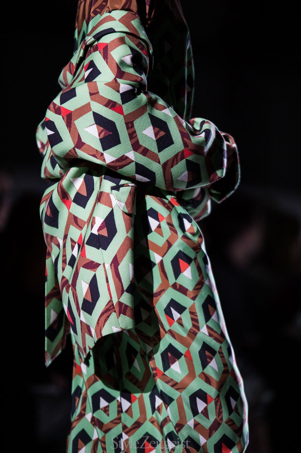 StyleZeitgeist Dries Van Noten F/W17 Women's - Paris Fashion    StyleZeitgeist Dries Van Noten F/W17 Women's - Paris Fashion    StyleZeitgeist Dries Van Noten F/W17 Women's - Paris Fashion    StyleZeitgeist Dries Van Noten F/W17 Women's - Paris Fashion    StyleZeitgeist Dries Van Noten F/W17 Women's - Paris Fashion    StyleZeitgeist Dries Van Noten F/W17 Women's - Paris Fashion
