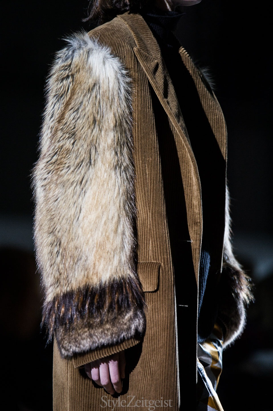 StyleZeitgeist Dries Van Noten F/W17 Women's - Paris Fashion    StyleZeitgeist Dries Van Noten F/W17 Women's - Paris Fashion    StyleZeitgeist Dries Van Noten F/W17 Women's - Paris Fashion    StyleZeitgeist Dries Van Noten F/W17 Women's - Paris Fashion    StyleZeitgeist Dries Van Noten F/W17 Women's - Paris Fashion    StyleZeitgeist Dries Van Noten F/W17 Women's - Paris Fashion    StyleZeitgeist Dries Van Noten F/W17 Women's - Paris Fashion