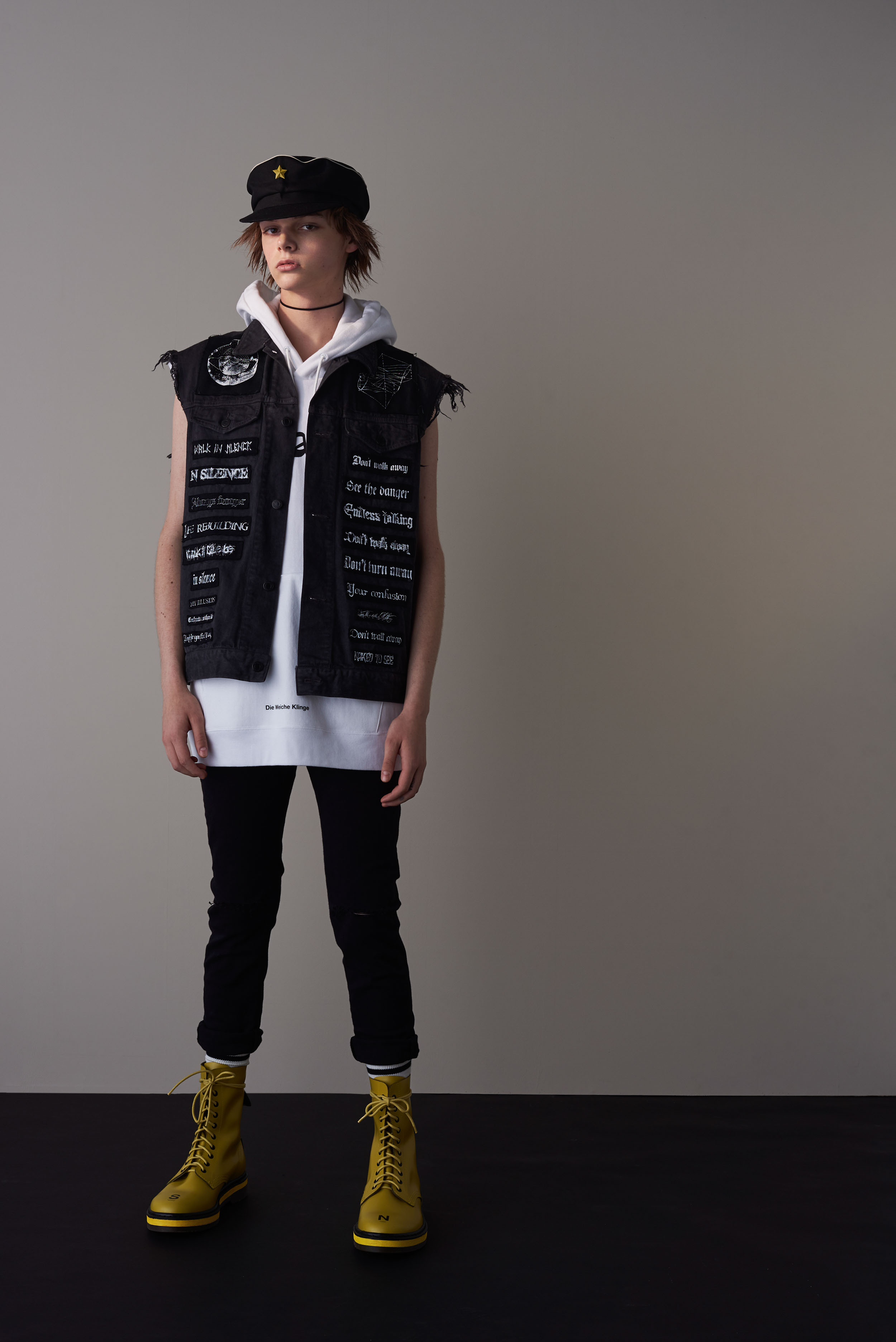 UNDERCOVER S/S18 Men's - Lookbook - fashion - Undercover, SZ, StyleZeitgeist, SS18, Spring Summer, MENSWEAR, Mens Fashion, lookbook, Jun Takahashi, Fashion, 2017