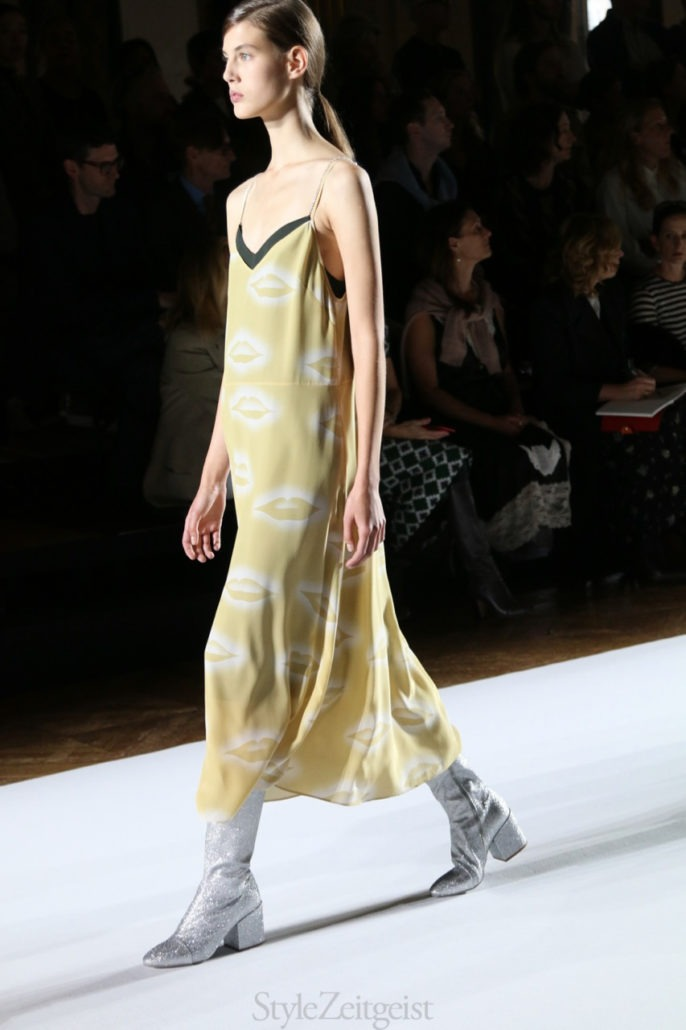 Dries Van Noten S/S18 Women's – Paris - Womenswear, Women's Fashion, StyleZeitgeist, SS18, Spring Summer, PFW, Paris, Fashion, dries van noten, 2017