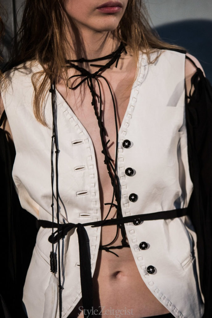 Ann Demeulemeester S/S18 Women's – Paris Backstage - fashion - StyleZeitgeist, SS18, Spring Summer, PFW, Paris, Fashion, Backstage, Ann Demeulemeester, 2017