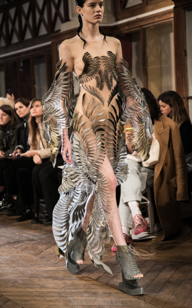Iris van Herpen S/S18 Couture - Paris - fashion - SS18, Spring Summer, Paris, Iris Van Herpen, Haute Couture, Fashion, Couture, 2018