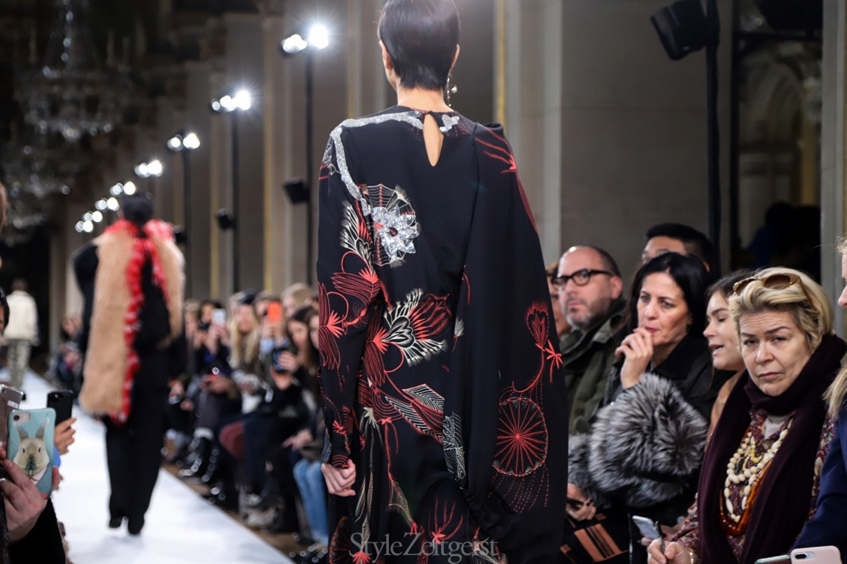 Dries Van Noten F/W18 Women's – Paris - fashion - Womenswear, Women's Fashion, PFW, Paris Fashion Week, Paris, Fw18, Fashion, Fall Winter, dries van noten, 2018