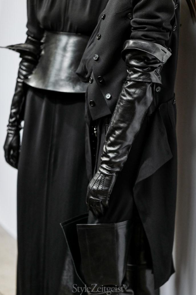Ann Demeulemeester F/W18 Women's – Paris Backstage - Womenswear, Women's Fashion, PFW, Paris Fashion Week, Paris, Julien Boudet, Fw18, Fashion, Fall Winter, Backstage, Ann Demeulemeester, 2018