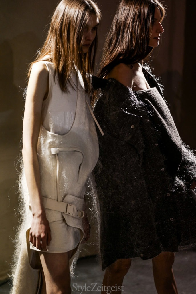 Rick Owens F/W18 Women's – Paris Backstage - fashion - Womenswear, Women's Fashion, Rick Owens, PFW, Paris Fashion Week, Paris, Julien Boudet, Fw18, Fashion, Backstage, 2018