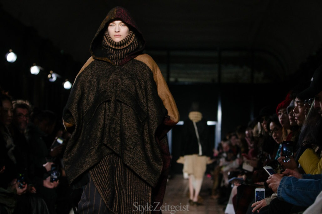 Fashion Week Ramblings - Women's F/W 18 Paris - Part 1 - Yang Li, Womenswear, Women's Fashion, Uma Wang, Rick Owens, PFW, Paris Fashion Week, Paris, Fw18, Fashion, Fall Winter, dries van noten, Anrealage, Ann Demeulemeester, 2018