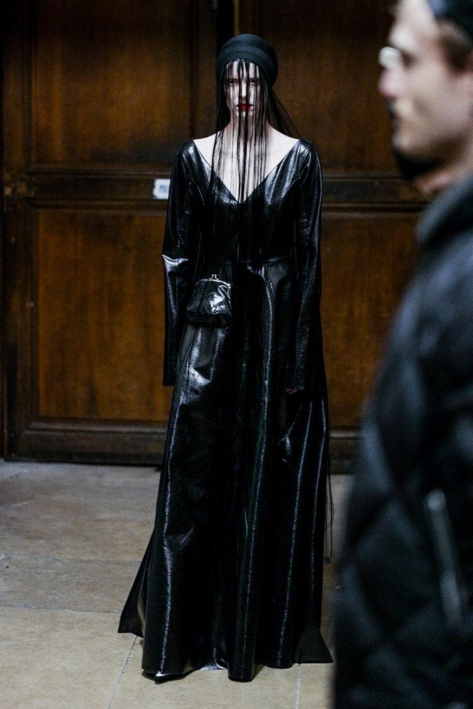 Yang Li F/W18 Women's – Paris Backstage - Yang Li, Womenswear, Women's Fashion, PFW, Paris Fashion Week, Paris, Julien Boudet, Fw18, Fashion, Fall Winter, Backstage, 2018