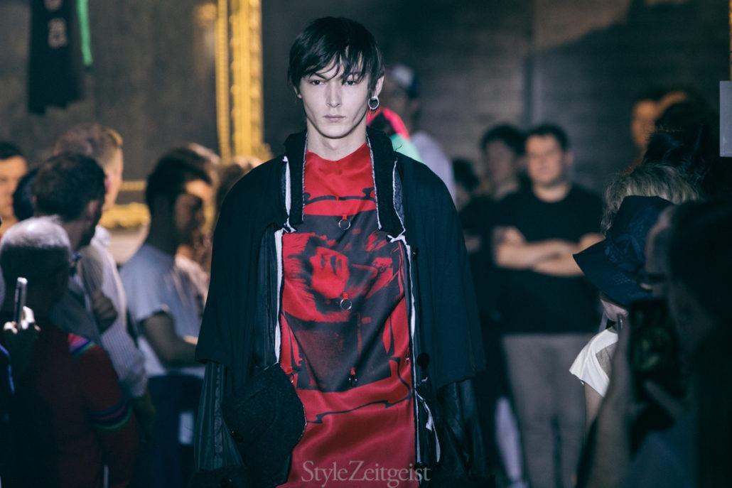 Raf Simons S/S19 Men's – Paris - fashion - SS19, Spring Summer, Raf Simons, PFW, Paris Fashion Week, Paris, MENSWEAR, Mens Fashion, Fashion, 2018