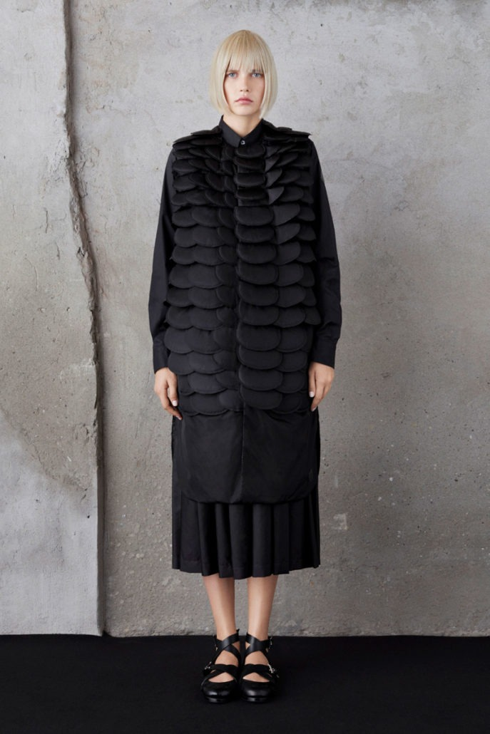 Moncler 6 Noir Kei Ninomiya S/S19 Women's – Lookbook - Womenswear, Women's Fashion, SS19, Spring Summer, Noir Kei Ninomiya, Moncler, lookbook, Fashion, 2018