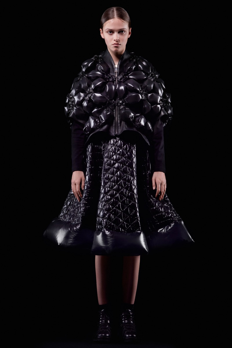 Moncler 6 Noir Kei Ninomiya F/W18 Women's - Lookbook - fashion - Womenswear, Women's Fashion, Noir Kei Ninomiya, Moncler, Fw18, Fashion, Fall Winter, 2018