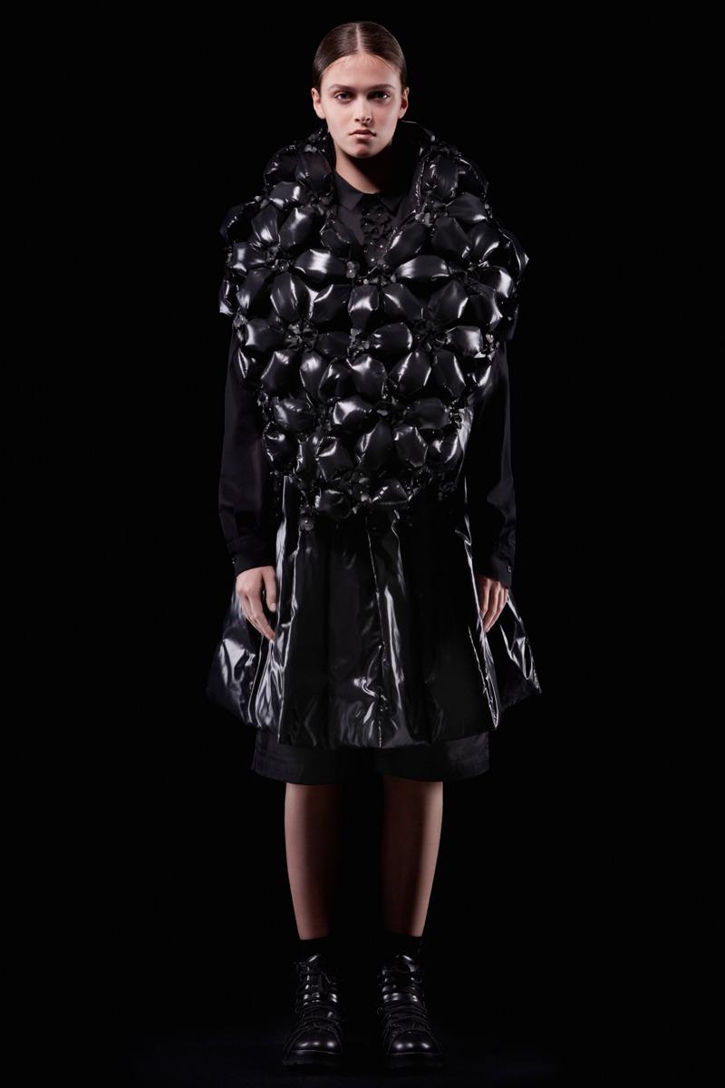 Moncler 6 Noir Kei Ninomiya F/W18 Women's - Lookbook - fashion - Womenswear,