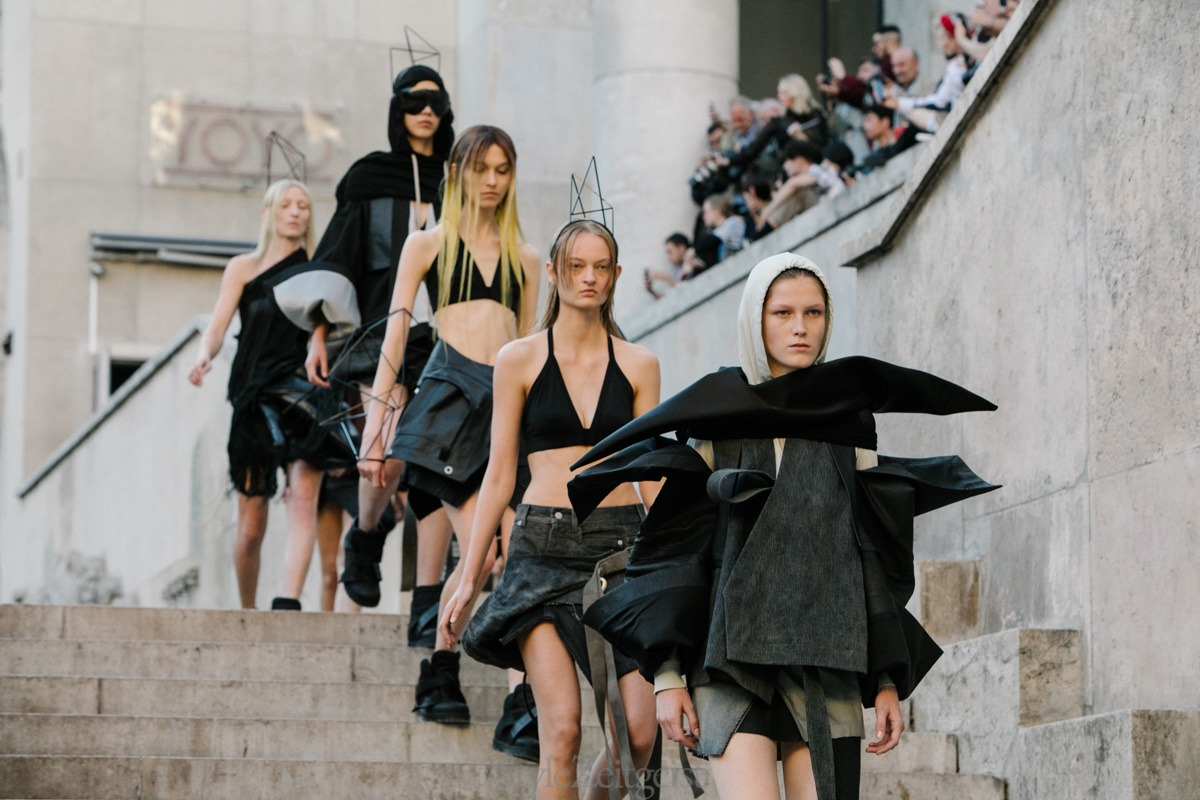 Fashion Week Ramblings S/S 2019 - Women's - features-oped, fashion - Yohji Yamamoto, Yang Li, Womenswear, Women's Fashion, Undercover, Uma Wang, Thome Browne, SS19, Spring Summer, Sacai, Rick Owens, PFW, Paris Fashion Week, Paris, Olivier Theyskens, Noir Kei Ninomiya, Haider Ackermann, Fashion, dries van noten, Comme Des Garcons, Celine, Ann Demeulemeester