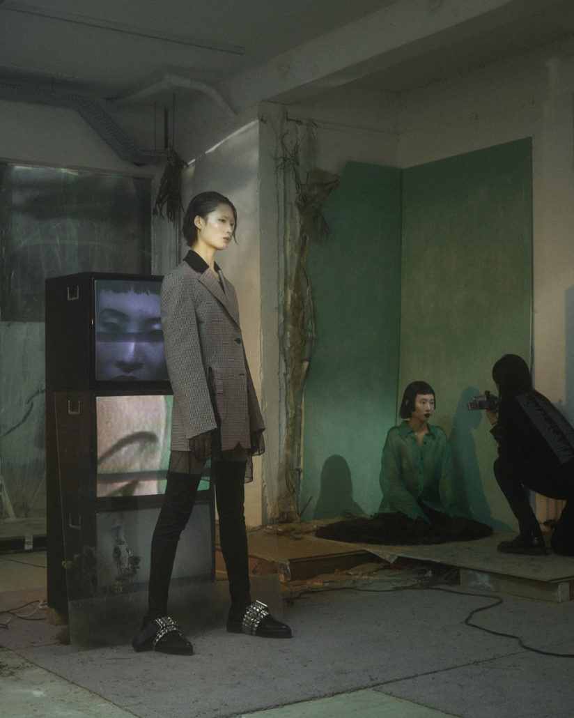 Yang Li S/S19 Women's – Lookbook - Yang Li, Womenswear, Women's Fashion, SS19, Spring Summer, PFW, Paris Fashion Week, Paris, lookbook, Fashion, 2018