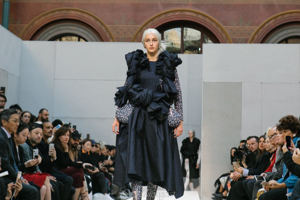 Comme des Garçons S/S19 Women's – Paris - Womenswear, Women's Fashion, SS19, Spring Summer, PFW, Paris Fashion Week, Paris, Matthew Reeves, Fashion, Comme Des Garcons, 2018