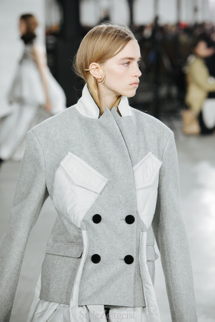Sacai F/W19 Women's - Paris - fashion - Womenswear, Women's Fashion, Sacai, PFW, Paris Fashion Week, Paris, Matthew Reeves, FW19, Fashion, Fall Winter, 2019