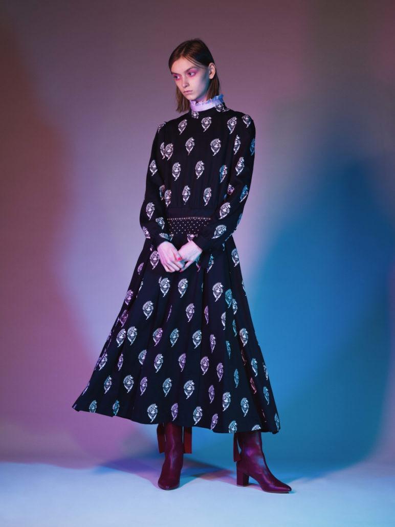 SueUNDERCOVER F/W19 Women's – Lookbook - fashion - Womenswear, Women's Fashion, Undercover, SueUNDERCOVER, PFW, Paris Fashion Week, Paris, lookbook, FW19, Fashion, Fall Winter, 2019