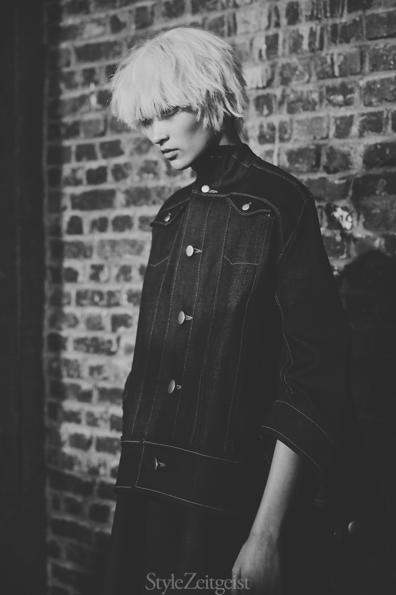 Anrealage S/S20 Women's – Paris Backstage - fashion - Womenswear, Women's Fashion, Spring Summer, PFW, Paris Fashion Week, Paris, Fashion, Backstage, Anrealage, Alice Berg, 2019