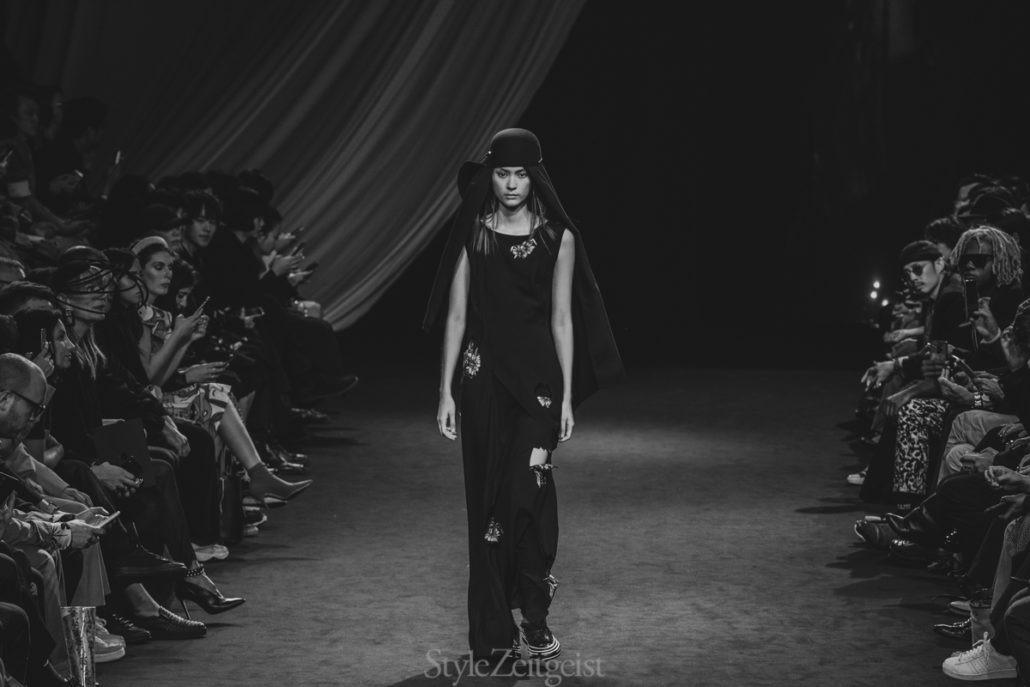 Yohji Yamamoto S/S20 Women's – Paris - Yohji Yamamoto, Womenswear, Women's Fashion, SS20, Spring Summer, PFW, Paris Fashion Week, Paris, Matthew Reeves, Fashion, 2019