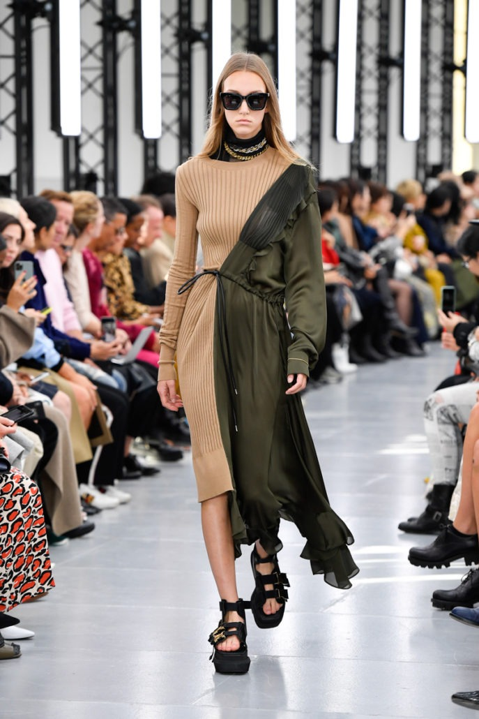 Sacai S/S20 Women's – Paris - fashion - Womenswear, Women's Fashion, SS20, Spring Summer, Sacai, PFW, Paris Fashion Week, Paris, Fashion, 2019